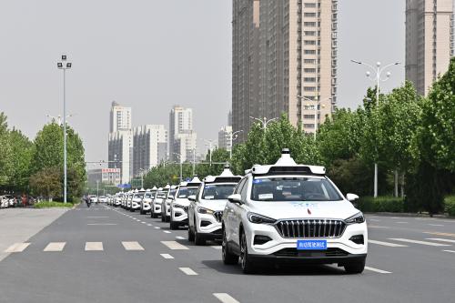 百度Apollo与重庆百润、农行、浙商银行达成战略合作,共同探索自动驾驶落地运营