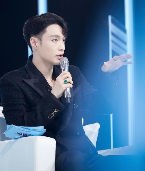 PD张艺兴空降《少年之名》 酷狗同步更新节目歌单