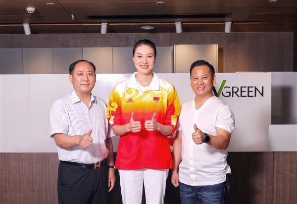 万格丽不锈钢厨柜签约谢杏芳,打造绿色健康家居新生活!