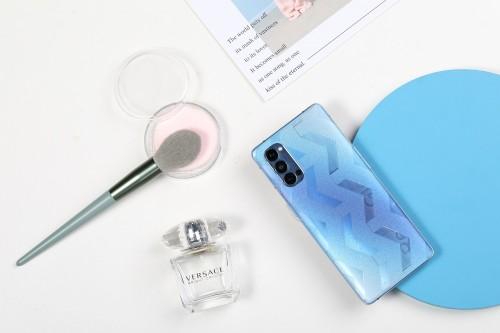 洛克切膜机手机背膜测评:精工品质,颜值性能兼备