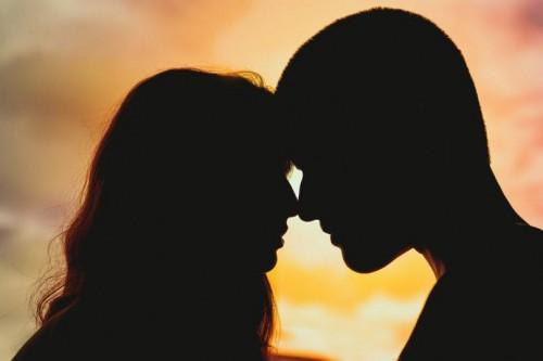 珍爱故事:三十岁脱单很迟吗?她们说能遇见爱情永远都不迟