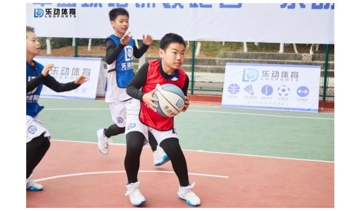 让体育培训变成顺其自然,乐动体育把握家长健康观念的改变