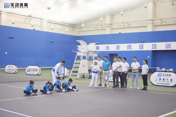 乐动体育多元化的体育训练,引领青少年的健康成长