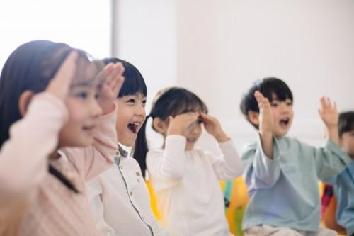 英孚教育青少儿英语携手胡歌:从英孚起步 英语更进一步
