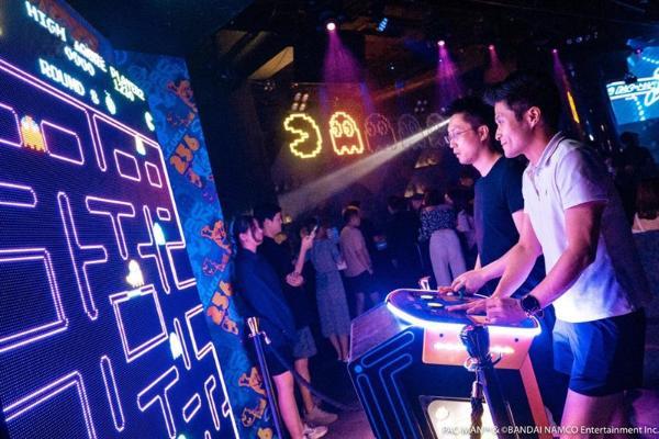 经典复古游戏Icon演绎夜间潮流体育文化,全球首个吃豆人主题跑诞生!