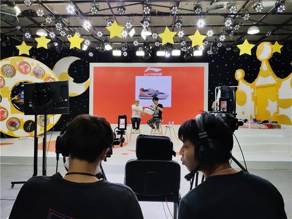 岚风文化启动明星直播带货,歌手平安首秀带货72万