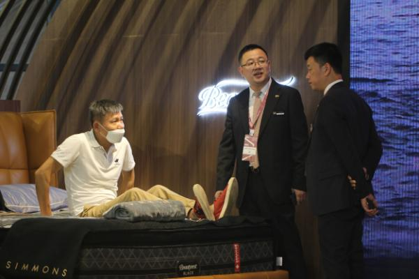 Simmons席梦思亮相中国上海国际家具博览会,多款新品打造高品质睡眠