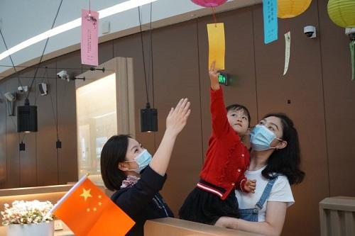 东航2020国庆中秋长假共执行2.3万航班