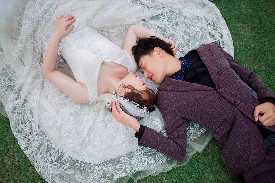 """婚礼纪:国庆结婚的新娘放弃""""三金"""",选择线下备婚中心"""