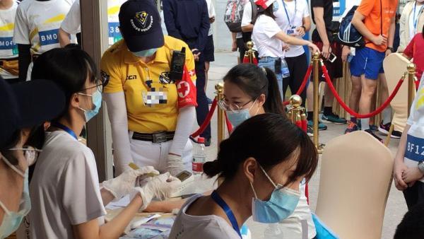 海能达携手小黄人助力2020平安国际垂直马拉松圆满落幕