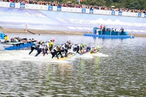 2020年中国电动冲浪板公开赛落幕