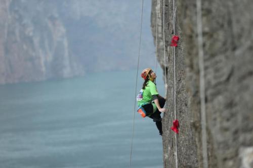 自然岩壁系列赛再临重庆奉节,年度总决赛静待各路高手