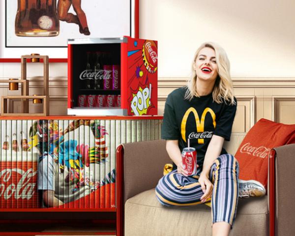 不会吧!你还没有入手HCK哈士奇x可口可乐联名款冰吧吗?