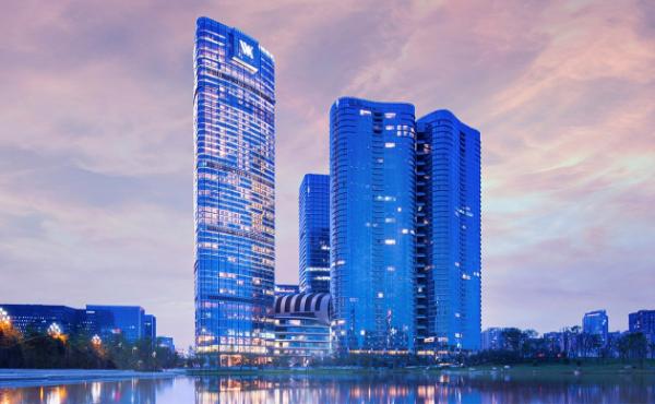 高端水助推酒店服务精细化 渠道联合出击千亿市场
