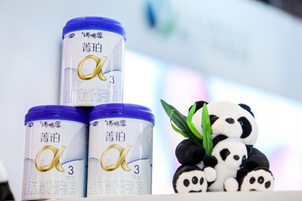 奶粉配方与母乳相似度突破90%,瑞哺恩领航中国母乳研究