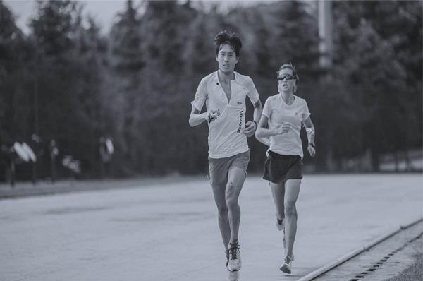 COLMO对话跑圈女神姚妙:超越自我,比上一次更快