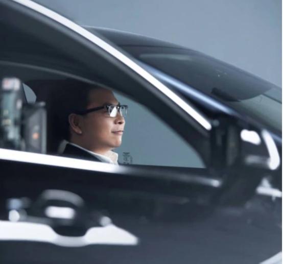 华为智选车载智慧屏发布,刷新传统车机体验
