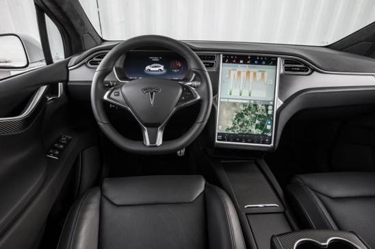 汽车大屏那些事,华为智选车载智慧屏首发体验