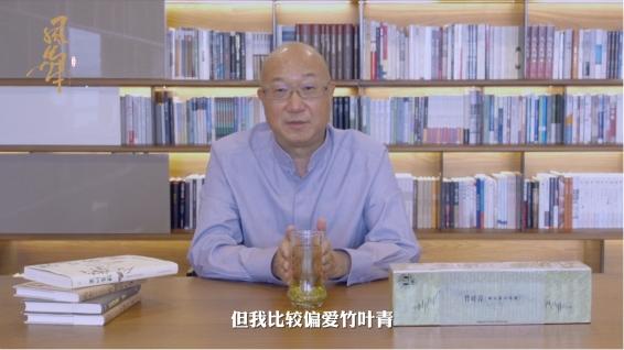 比肩茅台、华为,品牌实力榜三连冠,竹叶青为何成为春节热销爆款?