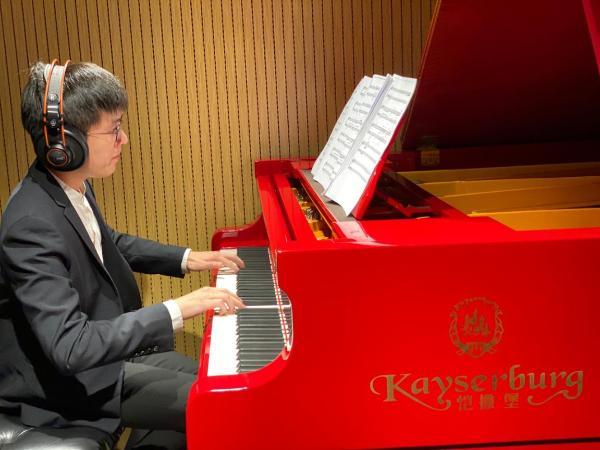 旅美钢琴家张浩民:人生似舞台,哪有那么多高光时刻!