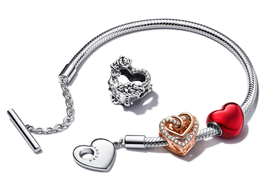 Pandora(潘多拉珠宝)推出2021情人节系列 展现爱之宣言