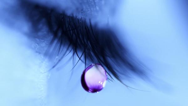 爱情:人工泪液被广泛认可 新技术眼部喷雾诞生