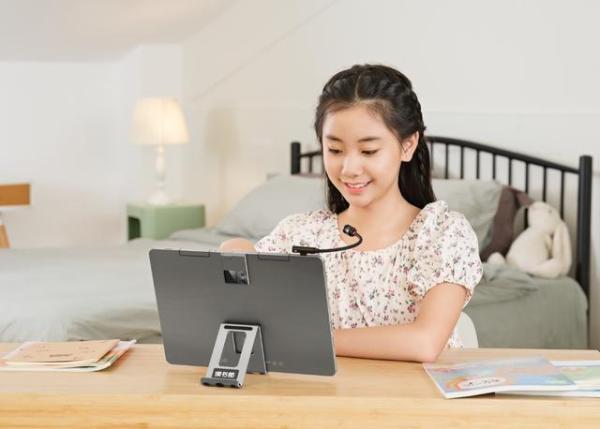 孩子寒假学习无从入手?超强护眼的读书郎学习机C25新品值得入手
