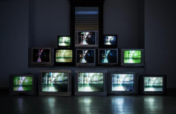 疫情下电视行业如何应对?TCL用技术和产品给出了答案