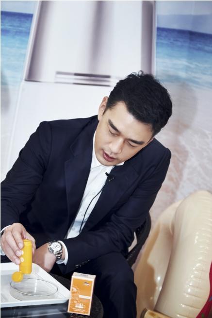 王耀庆直播玩转年货节 化身植物医生好物优选官送福利
