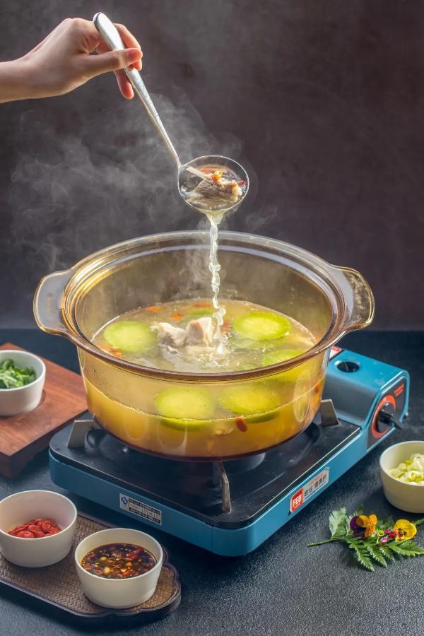 抖腿取暖,不如食疗抗寒!冰火楼健康湘菜,带你由冬入春