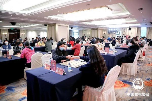 从棋手到棋手—— 国际象棋协会大师杨辉《象棋》青年传
