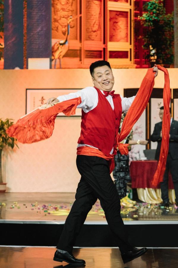 《欢乐喜剧人7》王宁首演冷冻人 宋晓峰为打工人发声
