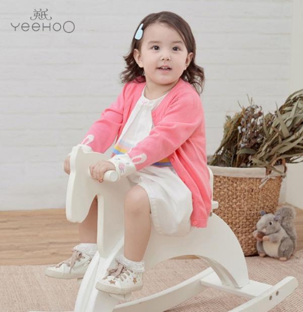 春天到,YeeHoO英氏童装想与你分享这缤纷灿烂的春日色彩