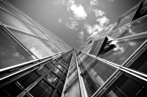 中国五金建材市场遭遇整合危机 建筑美丽叮当助力行业创新升级!