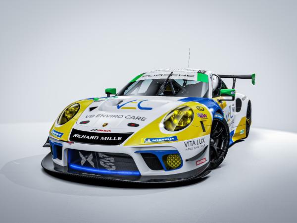 RM携手Team Hardpoint EBMG车队参加代托纳24小时耐力赛
