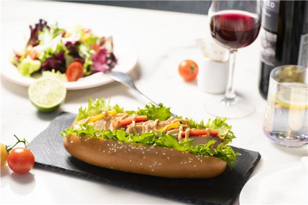 全国第一家,厦航经济舱上可以自由选餐