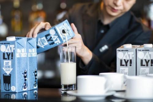 燕麦地球冰淇淋、燕麦咖啡…这些爆品都跟OATLY有关