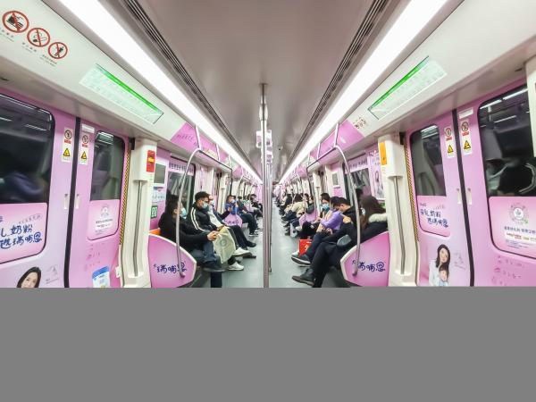 """锐步地铁列车在郑州启动 其实力开启了品牌传播的""""加速度"""""""