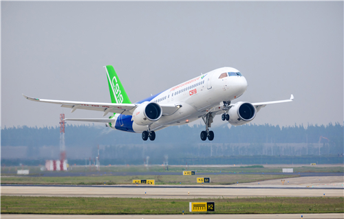 全球首单正式落地! 东航与中国商飞正式签署首批5架C919购机合同 将成为全球首家运营国产大飞机的航空公司