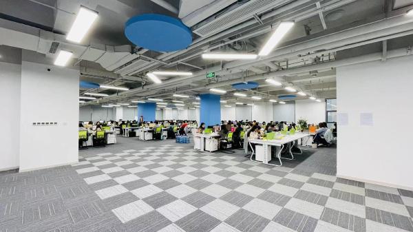 联联集团总部顺利乔迁至知识产权金融大厦,开启业务布局新征程!