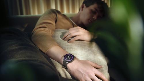 要睡好 必须先睡 华为手表帮助你实现规律睡眠