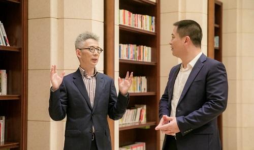 蒋昌建对话华为孙权 探讨未来社会人们工作学习新方式
