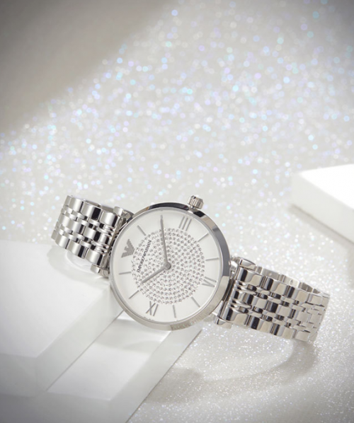 买手表送口红,现在买这款阿玛尼满天星太划算了!