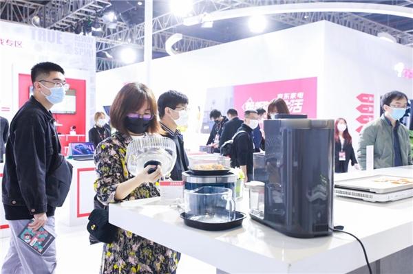"""家电行业面临""""焕新升级"""" 京东助力行业快速破局"""