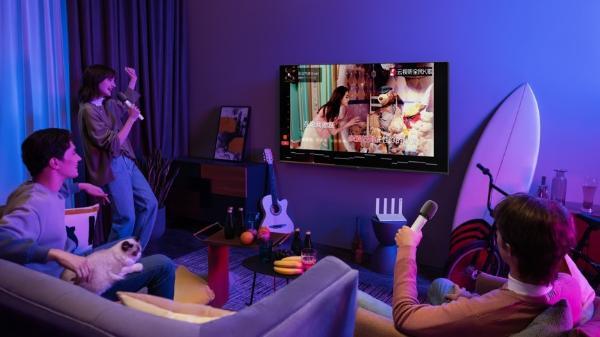 华为智能屏幕S系列在保护儿童健康的同时 并没有忽视成人的娱乐需求 基于HarmonyOS的分布式能力 用户可以在华为智能屏幕的大屏幕上更愉快地玩游戏 通过在华为Smart Screen Kant上安装运行游戏 并与手机建立连接 就可以用手机代替游戏手柄进行控制