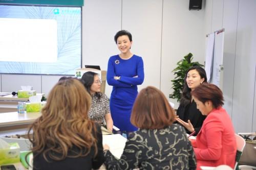 天下女人研究院推出梧桐计划,为未来女性商业领袖量身打造创新型领导力平台