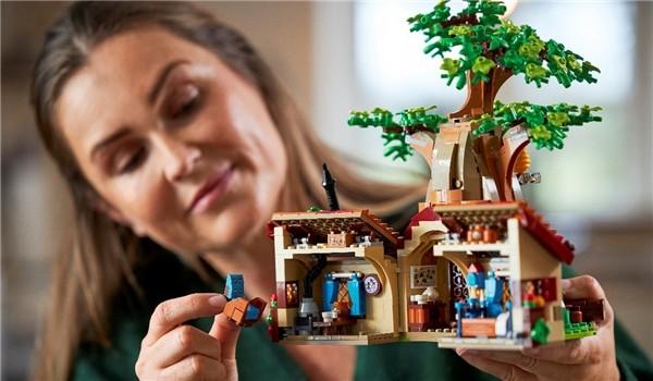 全新乐高IDEAS小熊维尼玩具套装,带你重温百亩森林