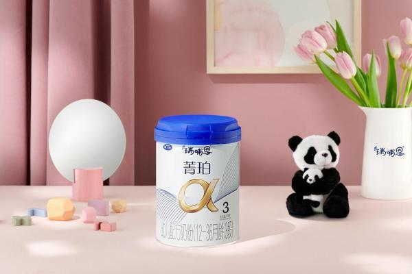 春季宝宝发育关键期,家长要了解什么牌子的奶粉最接近母乳