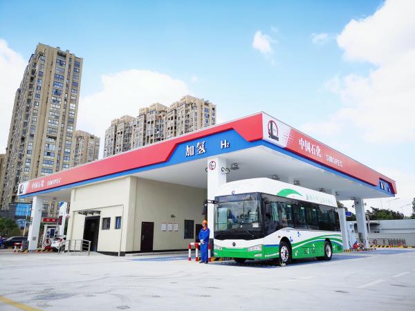 中国石化长城润滑油为亿华通加氢站提供润滑保障