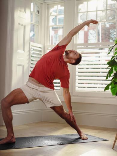 lululemon推出新的Take Form瑜伽垫